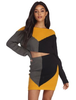 Color Block Cropped Sweater by Windsor