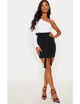 Black Paperbag Tie Mini Skirt by Prettylittlething