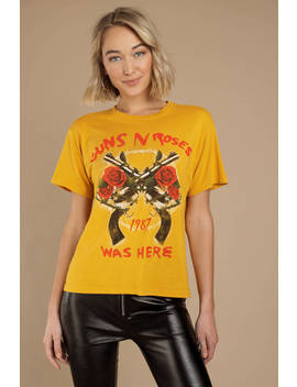 Daydreamer Los Angeles Guns N' Roses Mustard Boyfriend Tee by Tobi