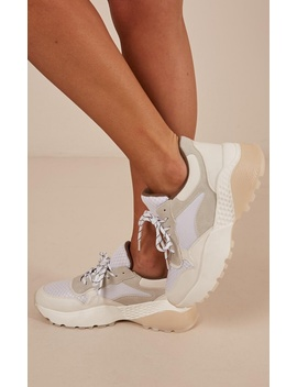 Therapy   Busta Sneakers In White by Showpo Fashion
