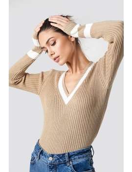 Stripe Detail V Neck Sweater by Na Kd