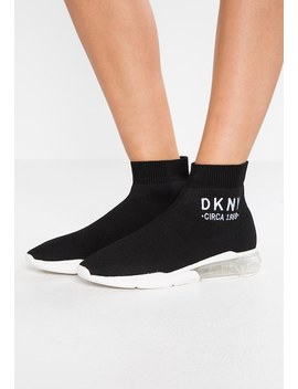 Nora   Sneaker High by Dkny