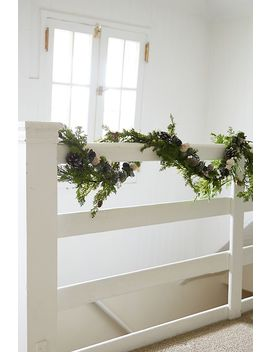 Forest Pinecone Garland by Anthropologie
