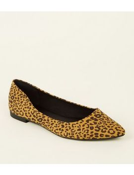 Mustard Suedette Leopard Print Pointed Pumps by New Look