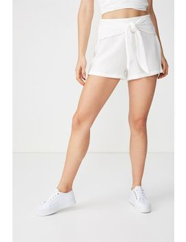Giselle Short by Cotton On