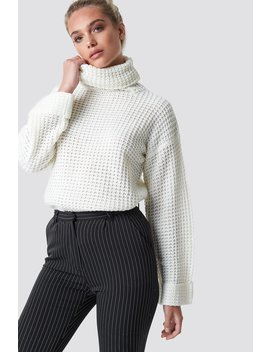 Short Pineapple Knitted Sweater by Na Kd