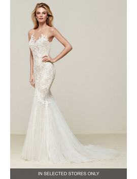 Drinam Lace & Tulle Mermaid Gown by Pronovias