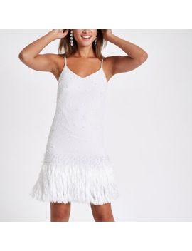 Witte Slipdress Met Parels En Ruches Aan De Zoom by River Island