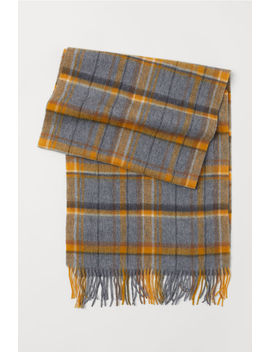 Checked Wool Scarf by H&M