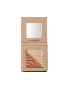 Oh My Glow Shimmer Powder   Blush                                                                           Double Glow Highlighter   Pearl by Sportsgirl
