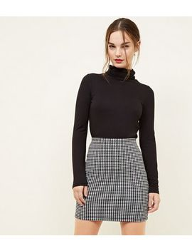 Petite Black Houndstooth Tube Skirt by New Look