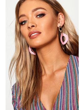 Gold Chain Contrast Resin Earrings by Boohoo