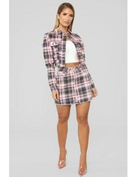 Plaid Gal Skirt   Black/Pink by Fashion Nova