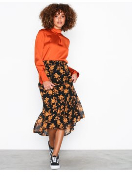 Vota Skirt by Sisters Point