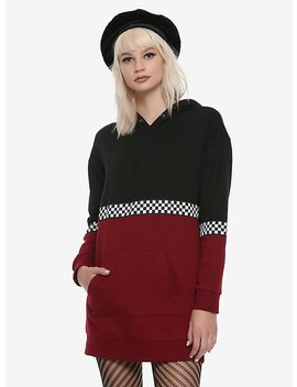 Black & Red Colorblock Checkered Girls Long Hoodie by Hot Topic