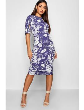 Spot Floral Split Sleeve Wiggle Midi Dress by Boohoo