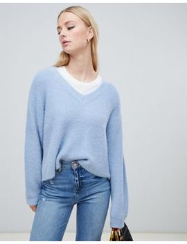 New Look – Flauschiger Pullover Mit V Ausschnitt In Blau by New Look