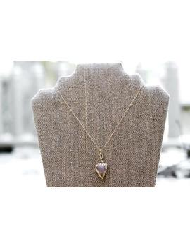 Dainty Arrowhead Necklace//Gold by Etsy