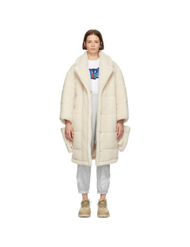 White Sherpa Detachable Gloves Coat by Sjyp