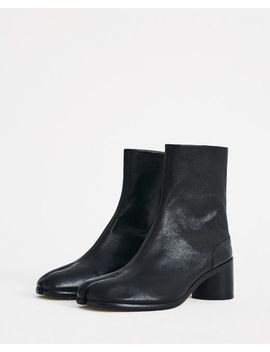 Men's Black Tabi Boots by Maison Margiela