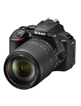 "Nikon D5600   Cámara Réflex De 24.2 Mp (Pantalla Táctil De 3"", Full Hd) Negro   Kit Con Objetivo Af S Dx 18 140 Mm Vr, Versión Europea by Nikon"