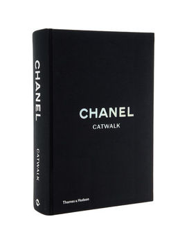 Chanel Catwalk by Thames & Hudson