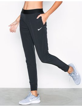 W Nk Bliss Vctry Pant by Nike
