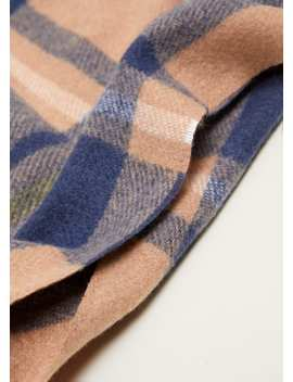 "<Font Style=""Vertical Align: Inherit;""><Font Style=""Vertical Align: Inherit;"">Scarf With Checked Pattern</Font></Font> by Mango"