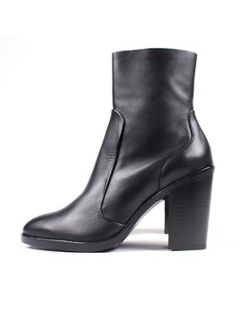 Crosswalk 3373 Boots   Black by Garmentory