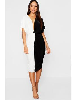 Plunge Colour Block Twist Front Midi Dress by Boohoo