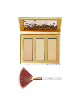 Sparkle And Shine Bright Travel Highlighter Palette And Fan Brush by Pur