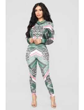 Ivy Loungewear Set   Green/Multi by Fashion Nova