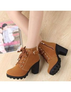 Zandy Shoes   Lace Up Chunky Heel Enkellaarsjes by Zandy Shoes