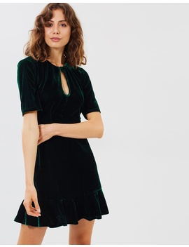 Iconic Exclusive   Linda Velvet Dress by Atmos&Here