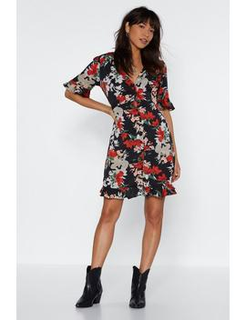 Got A Good Thing Growing Floral Dress by Nasty Gal