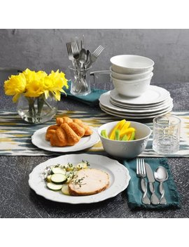 Gibson Home Everyday Scalloped Edge 12 Piece Dinnerware Set by Gibson Home