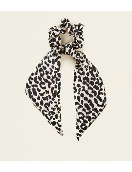 White Animal Print Bow Scrunchie by New Look
