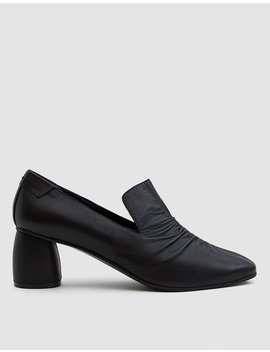 Shirring Middle Heeled Loafer by Reike Nen