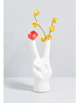 Horticultural Harmony Peace Sign Planter by Modcloth