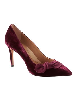 Madison 12 Hour Velvet Bow Pump by Banana Repbulic