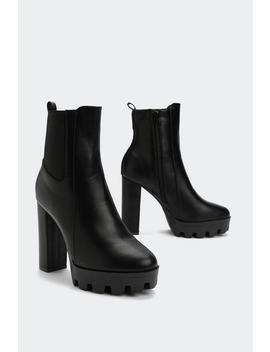 Too Big For Your Heeled Boot by Nasty Gal