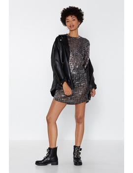 Feeling Glitter About It Tee Dress by Nasty Gal