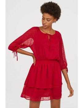 Kleid Aus Plumetis Chiffon by H&M