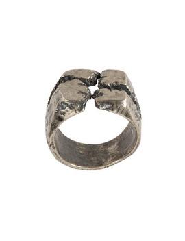 Cracked Ring by Tobias Wistisen