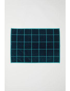Dywanik łazienkowy W Kratę by H&M