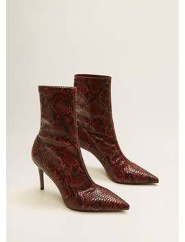 "<Font Style=""Vertical Align: Inherit;""><Font Style=""Vertical Align: Inherit;"">Snakeskin Ankle Boots</Font></Font> by Mango"