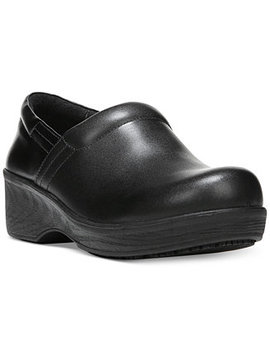 Dynamo Clogs by Dr. Scholl's