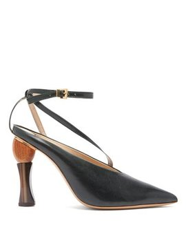 Faya Sculptural Heel Leather Pumps by Jacquemus