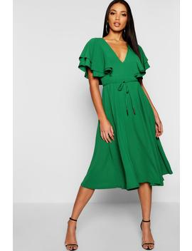 Ruffle Angel Sleeve Midi Dress by Boohoo