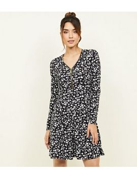 Black Ditsy Floral Zip Neck Soft Touch Swing Dress by New Look